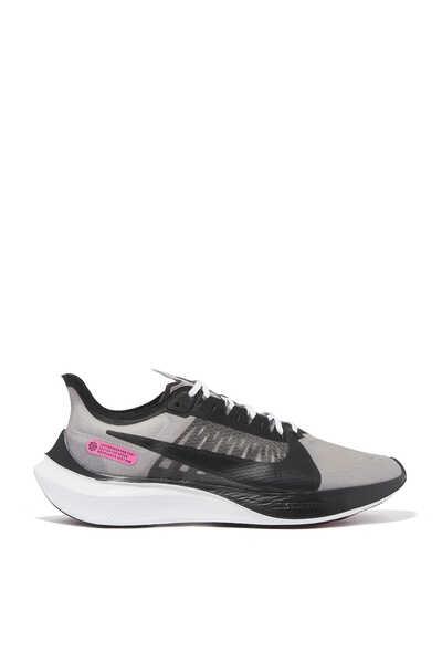 Zoom Gravity Sneakers