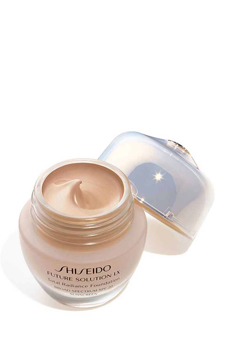 Future Solution LX Total Radiance Foundation image number 1