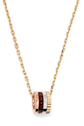 Quatre Classique Pendant with Diamond in 18kt Gold