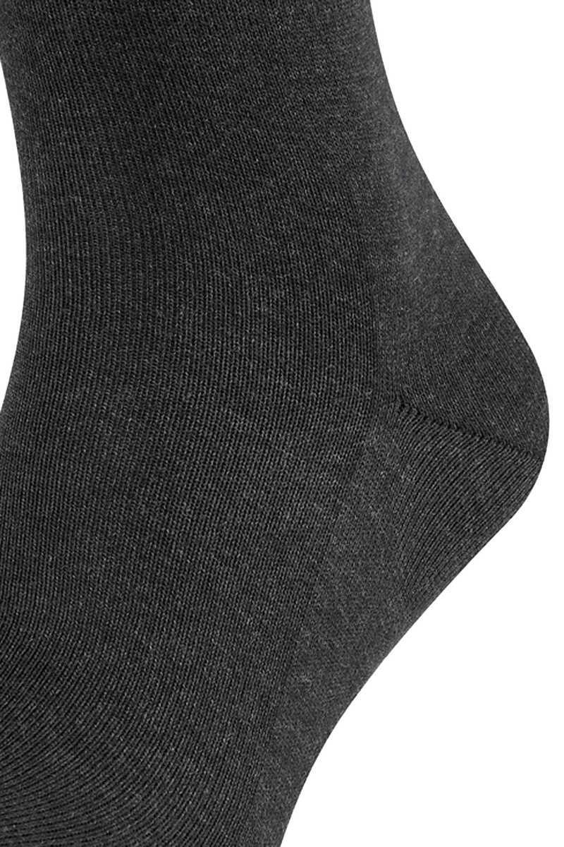 Family Men Socks image number 2