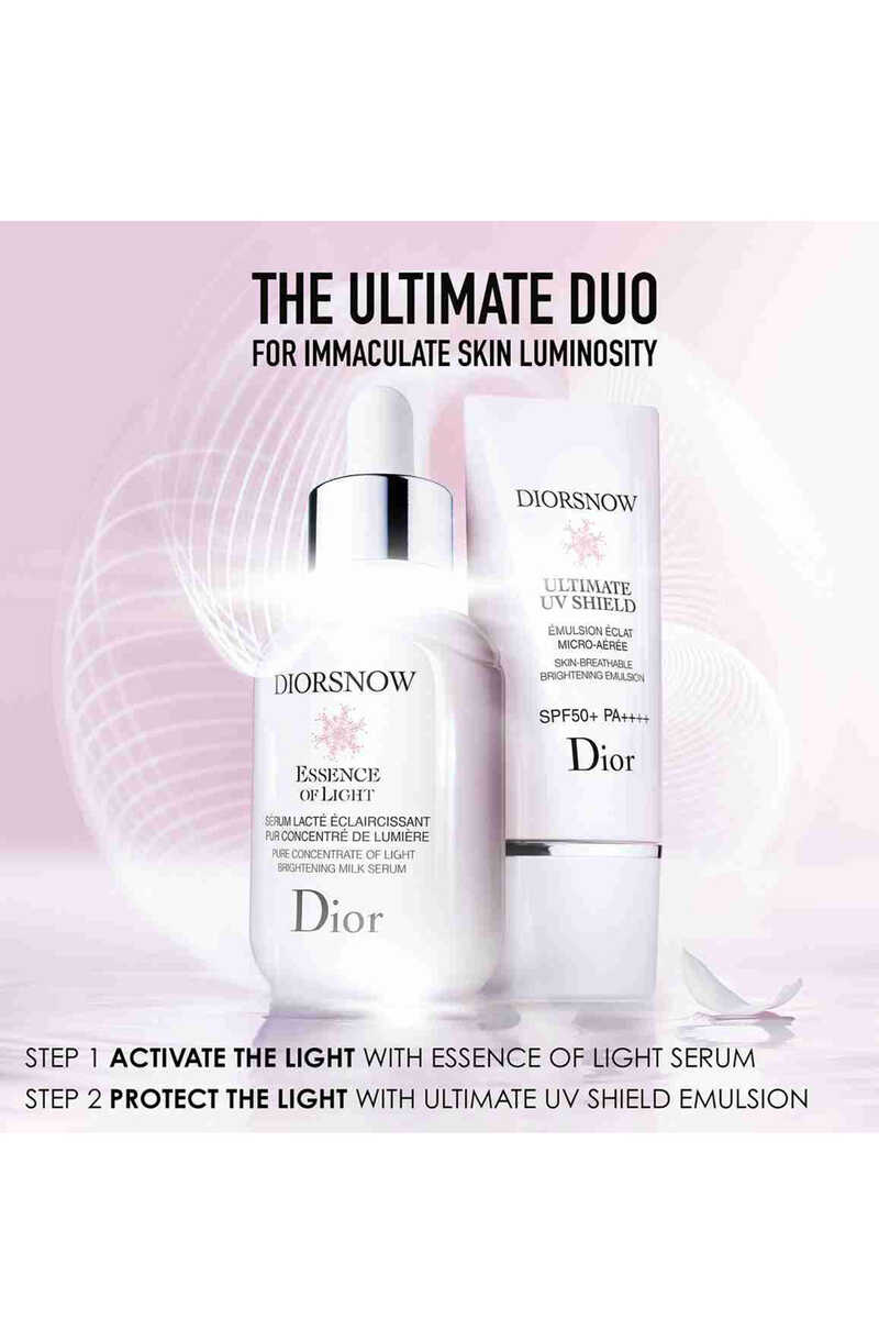 Diorsnow Essence of Light Pure Concentrate of Light Brightening Milk Serum image number 3