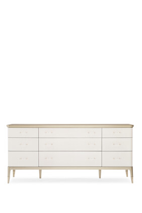 Dreamy Chest of Drawers
