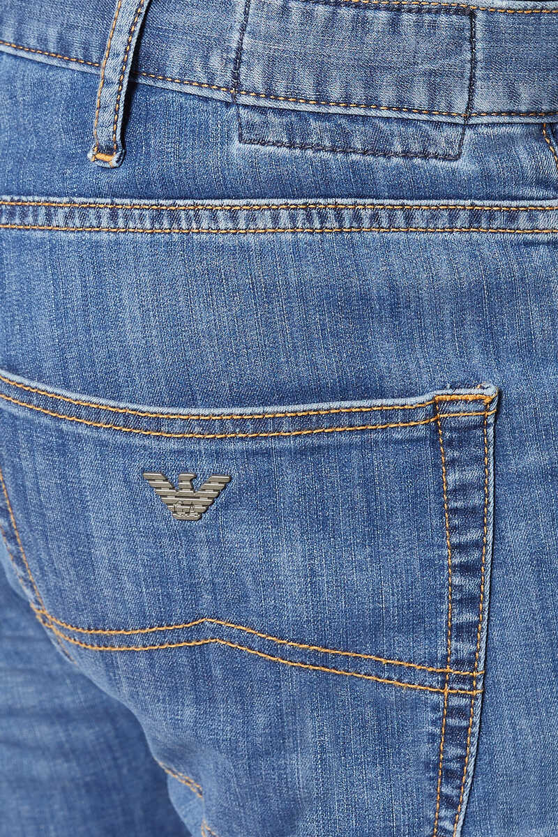 Medium Wash Regular Fit Jeans image number 4